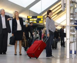 Vai grūtnieces drīkst lidot ar lidmašīnu jeb drošības noteikumi, kas jāievēro topošajām māmiņām