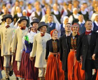 Aicina sniegt priekšlikumus latviešu skatuviskās dejas iekļaušanai zelta fondā