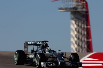 Hamiltons ASV otrajos treniņos apsteidz Rosbergu vien par nieka tiesu