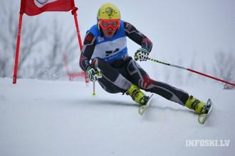 K.Zvejnieks Eiropas kausā milzu slalomā nekvalificējas otrajam braucienam