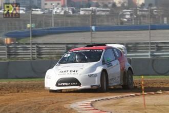 Topošie Latvijas rallijkrosa braucēji guvuši vērtīgu pieredzi testos F1 trasē