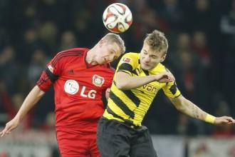"""""""Borussia"""" un """"Bayer"""" spēlē neizšķirti, Dortmunde atkal pēdējā"""