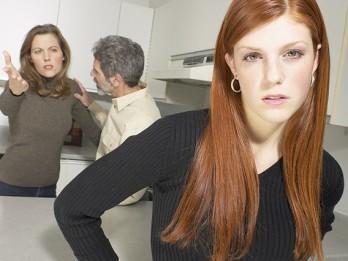 10 veidi, kā mazināt pusaudža pretestību vecāku padomiem