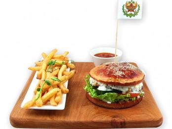 Latvijā strauji pieaug burgeru popularitāte