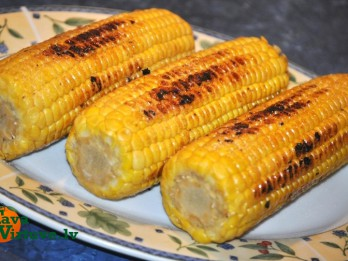 Grilēta kukurūza
