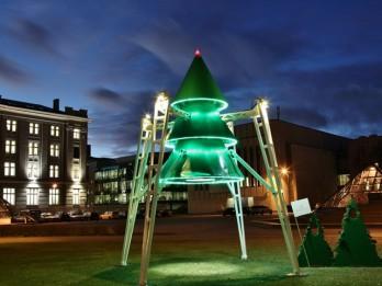 """Ar vides objekta """"Egle"""" atklāšanu, Rīgā sāksies festivāls """"Ziemassvētku egļu ceļš"""""""