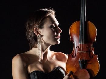 """Jevgēnija Zimā: """"Klasika tumsā"""" ir jauna veida piedzīvojums mūzikas cienītājiem"""
