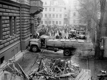 Aicina apmeklēt 1991. gada barikāžu atcerei veltītu koncertu Rīgas Domā un piemiņas pasākumus pilsētā