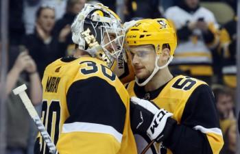 """Bļugeram divi spēka paņēmieni, """"Penguins"""" izlaiž uzvaru un sāpīgi zaudē"""