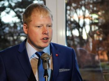 Latvijas attīstība Šveika garā jeb ķemertiņu reģistram būt!
