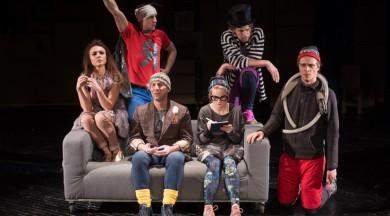 """Dailes teātrī šodien """"Niķa un Riķa stiķi"""" pirmizrāde – režisora Kārļa Auškāpa atvadu sveiciens"""