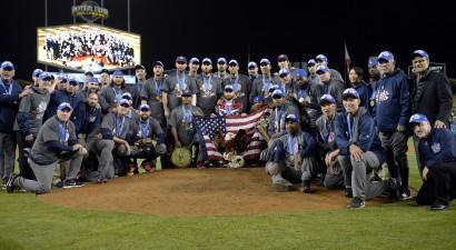ASV pirmo reizi kļūst par pasaules labāko beisbola izlasi
