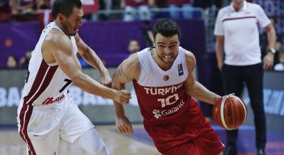 Peineram 25 punkti, Latvija nesavalda Mahmutolu un zaudē Turcijā