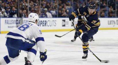 Balcers trešo reizi izsaukts uz NHL, Girgensonam trīs metieni un zaudējums