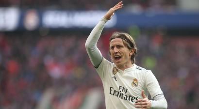 """2018. gada pasaules labākais futbolists Modričs pagarina līgumu ar Madrides """"Real """""""