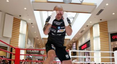 Glovackis oficiāli atsakās no WBC titulcīņas un vēlas Brieža WBO jostu