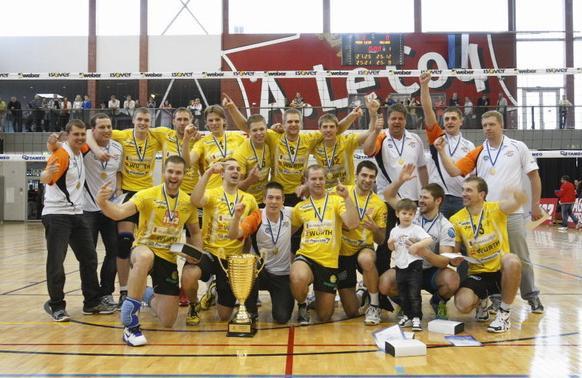 Latvijas volejbolistiem čempionu tituli Igaunijā, Somijā un Baltkrievijā