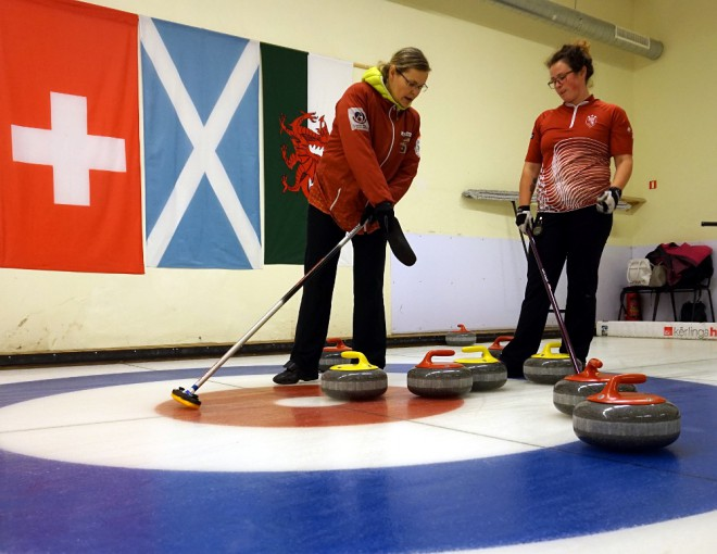 Latvijas sieviešu kērlinga izlase startēs turnīrā Šveicē
