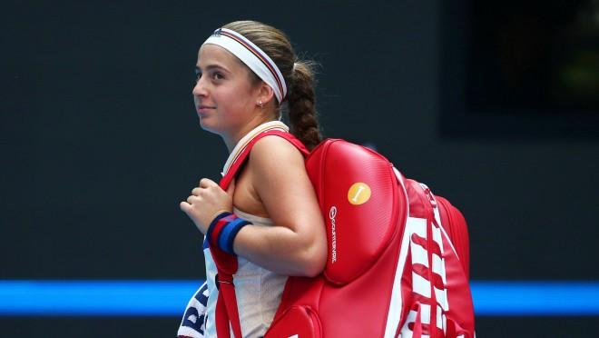 Ostapenko WTA rangā tiek jau līdz septītajai vietai