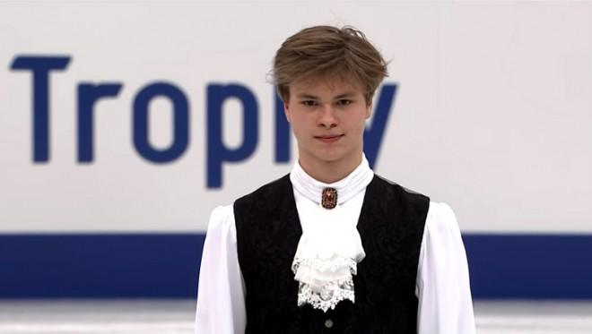 """Vasiļjevam astotā labākā īsā programma Japānas """"Grand Prix"""""""