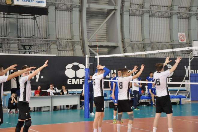 Latvijas juniori volejbolu spēlēs ar poļiem, izraēliešiem un spāņiem