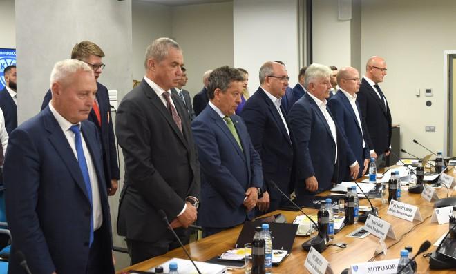Savickis pārvēlēts KHL padomē, Tretjaks un Fetisovs neturpinās darbu