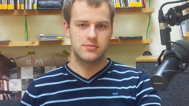 """""""Latvijas Futbola Virslīga"""" valdes loceklis Uģis Bisenieks. Foto: Raidījums """"OLE"""""""