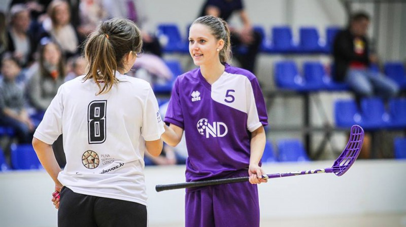 Monika Džigure un Ieva Priede Foto: FK NND/Evelīna Kūna