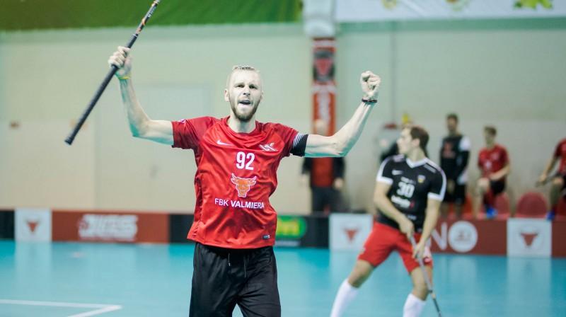 """Matīss Salmiņš """"FBK Valmiera""""  Foto: Floorball.lv"""