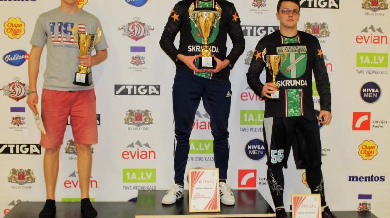 Latvijas kausa uzvarētāju trio. No kreisās Sandis Lagzdiņš, Valts Smagars, Edgars Mucenieks
