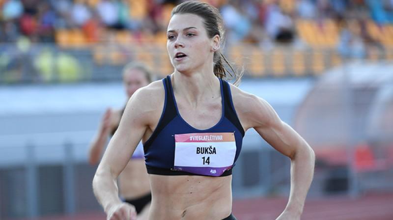 Latvijas sprintere Sindija Bukša. Foto: Romāns Kokšarovs/f64