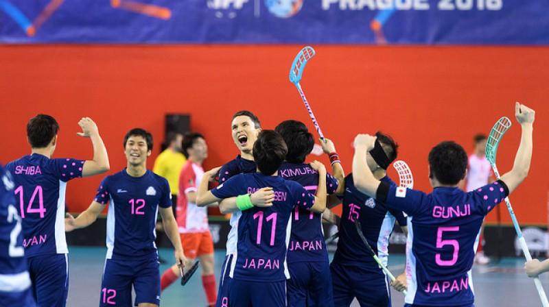 Pasaules čempionātā pie vismaz vienas uzvaras tika visas izlases. Kā pēdējie uzvaras prieku izbaudīja japāņi Foto: IFF floorball