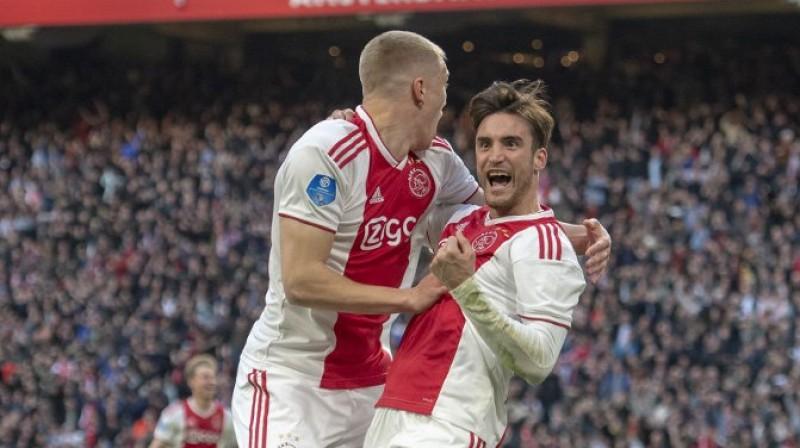 """Nikolass Taglafiko līksmo. Foto: AFC """"Ajax"""""""