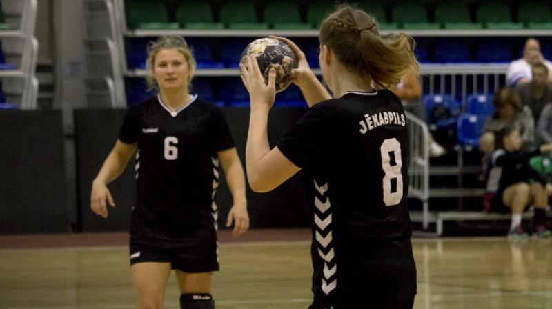 """""""Jēkabpils Sporta skolas"""" handbolistes. Foto: handball.lv"""