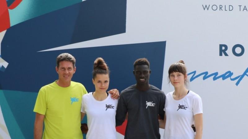 Māsu treneris Markuss Kolefels, Inese Tarvida, vācu kluba biedrs Mustafa Kama, Jolanta Tarvida. Foto: tcc-friedrichshafen.de