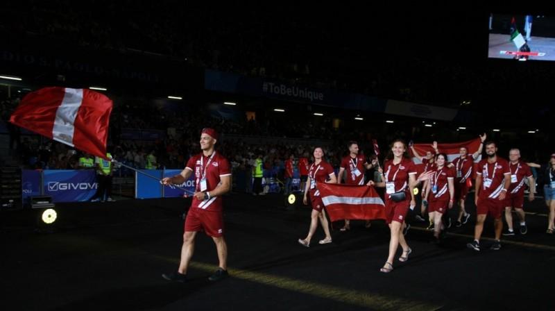 Latvijas delegācija Universiādes atklāšanas ceremonijā. Foto: Latvijas Augstskolu sporta savienība