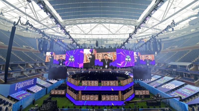 Artura Eša stadions Ņujorkā tiek gatavots e-sporta sacensībām. Foto: AFP/Scanpix