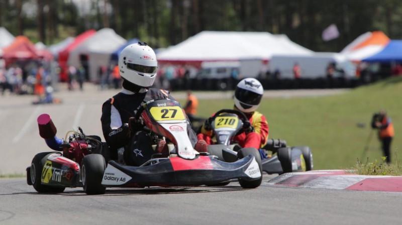 Foto: LMT Autosporta akadēmijas Skolu kartinga kauss