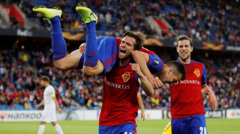 """""""Basel"""" priecājas par kārtējo vārtu guvumu. Foto: Reuters/Scanpix"""
