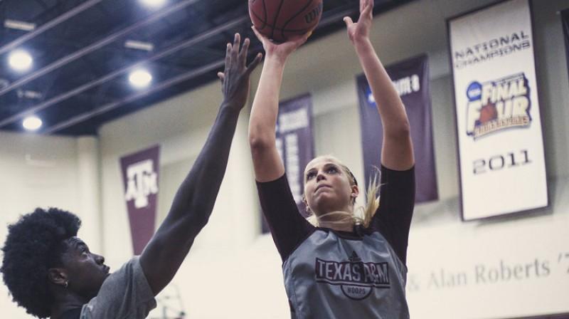 """Anna Dreimane """"Texas A&M"""" treniņā 2019. gada septembrī. Foto: Aggies"""