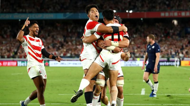 Japānas regbisti līksmo. Foto: Rugby World Cup