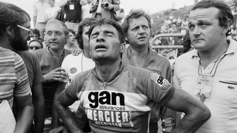 """Remons Pulidors pēc finiša 1976. gada """"Tour de France"""". Foto: AFP/Scanpix"""