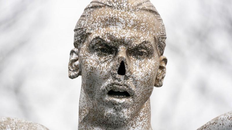 Zlatana Ibrahīmoviča statuja Malmē. Foto: TT News Agency / Scanpix