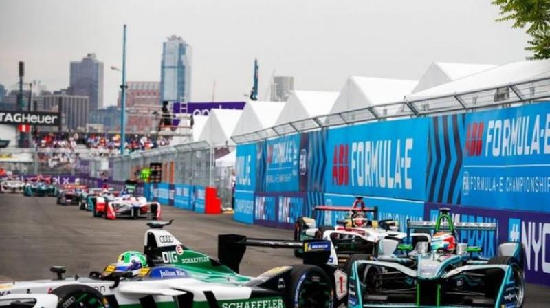 """Saūda Arābijā jau risinās """"Formula E"""" sacensības. Foto: fiaformulae.com"""