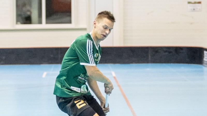 Arta Raituma vārtu guvums vairākumā nodrošināja talsiniekiem uzvaru pirmajā spēlē pret čempioniem Foto: Floorball.lv
