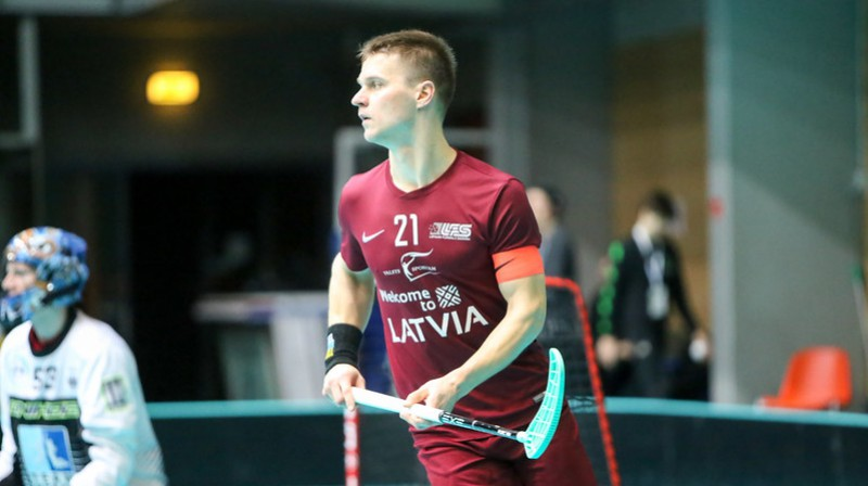 No aktīvajiem florbolistiem Artis Raitums ir rezultatīvākais latviešu florbolists spēlēs pret Čehijas izlasi Foto: IFF Floorball