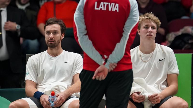 Ernests Gulbis (pa kreisi) un Kārlis Ozoliņš. Foto: Latvijas Tenisa savienība