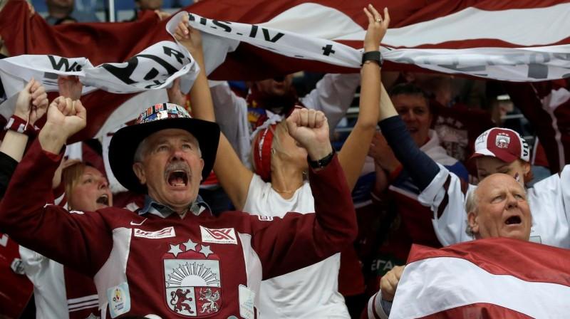 Latvijas hokeja izlases līdzjutēji. Foto: AP/Scanpix
