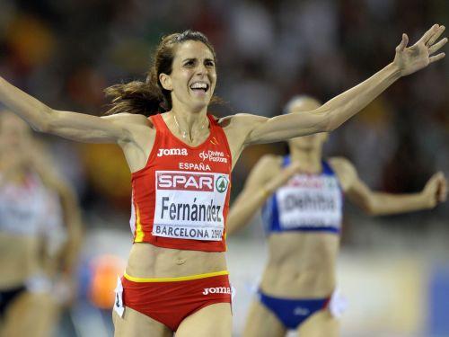 Spāniete Fernandesa kļūst par čempioni 1500 metros