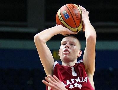 Dāvis Bertāns - gada 12. labākais jaunais basketbolists Eiropā